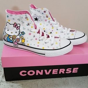 Converse Hello Kitty Hi Top Chuck Juniors Sz 5